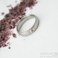 Prima a ohnivý granát do Ag - vel 50, š 4,5 mm, tl. 1,6 mm, dřevo - lept 75% SV, profil E - Damasteel snubní prsteny - sk2060 (4)