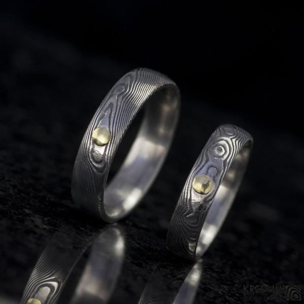 Snubní prsten kovaná nerezová ocel damasteel - PRIMA + zlatý suk do 3 mm