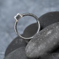 Prima Cube lady zirkon 4,5 mm - stará kolečka, velikost 52,5, šířka 4,6 mm, tloušťka 1,9 mm, lept 100% TM, profil B - Damasteel zásnubní prsten, SK1634 (14)