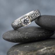 Prima Cube lady zirkon 4,5 mm - stará kolečka, velikost 52,5, šířka 4,6 mm, tloušťka 1,9 mm, lept 100% TM, profil B - Damasteel zásnubní prsten, SK1634 (10)