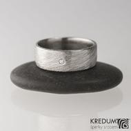 Prima a diamant 1,5 mm - Zásnubní/Snubní prsten damasteel, struktura voda - velikost 50; šířka 6,5 mm; tloušťka 1,5 mm, lept 75% - světlý, profil C