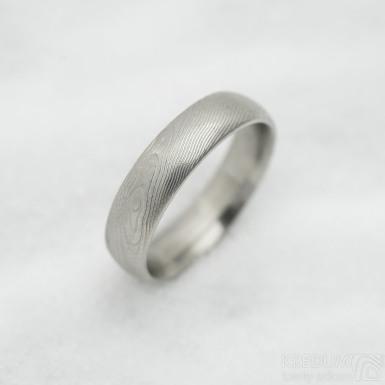Prima, dřevo - 54, šířka 5 mm, tloušťka 1,6 mm, 50% SV, profil E - Snubní prsten damasteel, SK3037