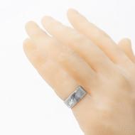 Prima - dřevo - velikost 50, šířka 7,5 mm, tloušťka stěny 1,6 mm, profil C - Snubní prsten damasteel - produkt SK2692 - na umělé ruce