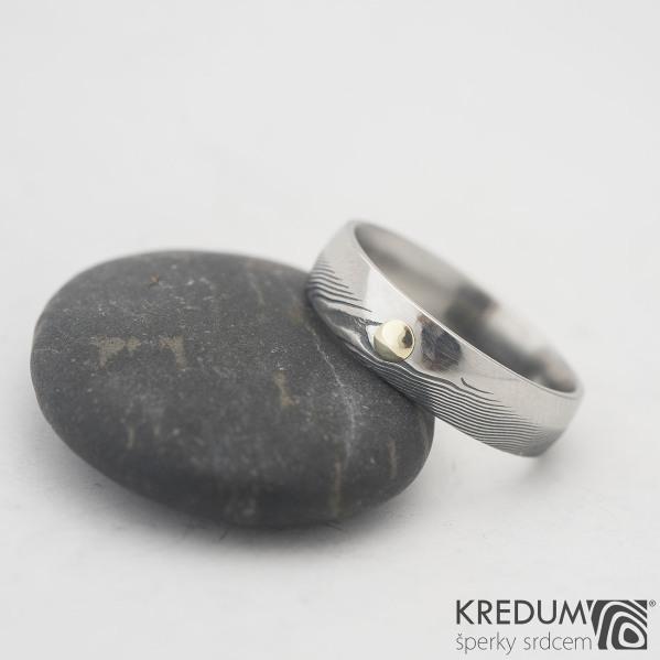 Prima duo a zlatý suk do 3 mm - 57, šířka 5 mm, dřevo 100% TM, E - Damasteel snubní prsteny, k 0980 (3)
