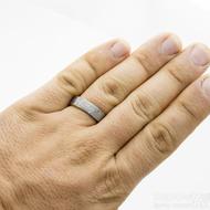 Prima glanc - struktura dřevo - Snubní prsten damasteel, velikost 64, šířka 6 mm, tloušťka 1,8 mm - profil C - SK3178