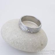 Prima Jupiter, voda - 52, šířka 5,8 mmm 1,5 mm, 75% SV, profil B, diamanty 1,5 mm, bílé Au - Zásnubní prsten damasteel, SK2506 (5)