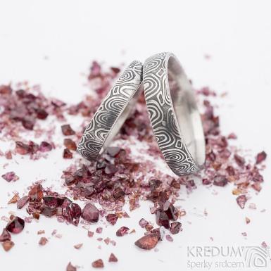 Prima kolečka - 60, šířka 4,5 mm a 68, šířka 5 mm, oba lept 75% ztamavený, profil E - Damasteel snubní prsteny - k 2744 (3)