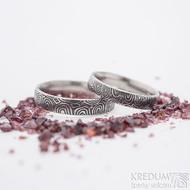 Prima kolečka - 60, šířka 4,5 mm a 68, šířka 5 mm, oba lept 75% ztamavený, profil E - Damasteel snubní prsteny - k 2744 (4)
