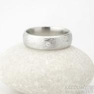 Prima  line a čirý diamant 1,7 mm - velikost 53, šířka 5,5 mm, voda lept 75% SV, profil E - Damasteel snubní prsteny k 1380 (6)