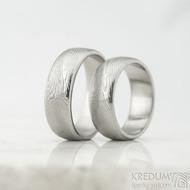 Snubní prsteny Prima line - struktura dřevo - velikost 57 a 62 šířka 7 mm, profil B