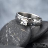Prima Princezna zirkon 4,5 mm - 53, š 5mm, tl 1,8 mm, korunka 3,5 mm, voda 75TM, B - damasteel zásnubní prsten, SK1638 (11)