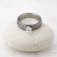 Prima Princezna zirkon 4,5 mm - 53, š 5mm, tl 1,8 mm, korunka 3,5 mm, voda 75TM, B - damasteel zásnubní prsten, SK1638 (3)