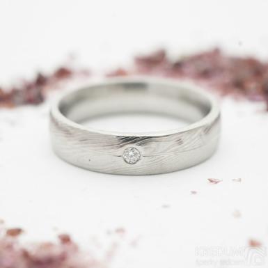 Prima s linkou a čirý diamant 1,7 mm, dřevo - Snubní prsten kovaná nerezová ocel damasteel