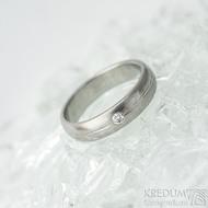 Prima s linkou a diamant 2 mm - vel 49, š 4 mm, tl 1,6 mm, dřevo - lept 25% SV, profil B - Damasteel zásnubní prsten - k 1469