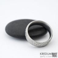 Prima kolečka - Kovaný snubní prsten z oceli damasteel, SK1280