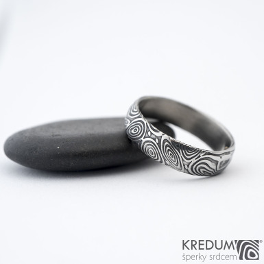 Prima vítr - Snubní prsten damasteel, SK1349