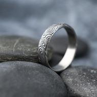 Prima vítr - velikost 58,5, šířka 5 mm, tloušťka 1,6 mm, 100%TM, profil B - Snubní prsten damasteel, SK1708 (3)
