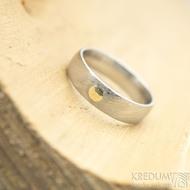 Prima voda a zlatý suk 3 mm - velikost 53, šířka 5 mm, tloušťka 1,5 mm, lept 50% SV, E - Damasteel snubní prsteny - k 1757 (2)