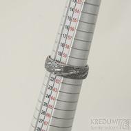 Prima voda - velikost 61, šířka 6,5 mm, tloušťka 1,7 mm, lept 100% TM, profil E - Damasteel kované snubní prsteny - sk1981 (3)