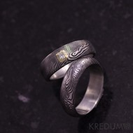 Snubní prsten damasteel - PRIMA + diamant princes 2 x 2 mm ve zlatě