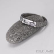 PROLILI a čirý diamant 1,7 mm - kovaný zásnubní prsten damasteel, struktura dřevo