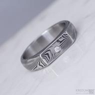 Prolili a čirý diamant 2 mm, dřevo - Kovaný zásnubní prsten damasteel, S1423