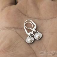 Raníčky dětské - dřevo + stříbrná klapka - Kované damasteel naušnice a perly - k 1390