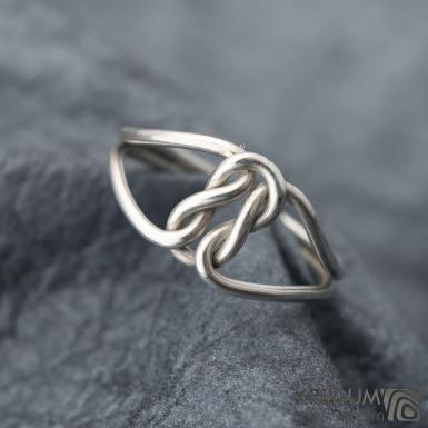 Reverse white - Zlatý snubní prsten