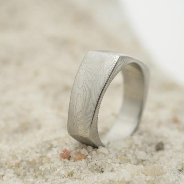 Rhino - damasteel snubní prsten, struktura dřevo, velikost 61, šířka 6 až 9 mm, lept 75%, světlý - produkt SK3168