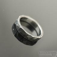 Rock BG tmavý - velikost US 4,25 (47,5), šířka 3,5 mm - Nerezový prsten  - et 1902