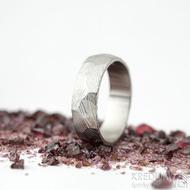 Rocksteel dřevo, světlý- velikost 58, šířka 6 mm, tloušťka 1,6 mm - Damasteel snubní prsten - SK2115