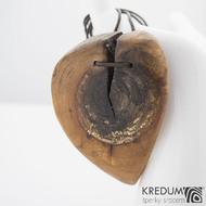 Jabloňový list - Ručně vyrobený  dřevěný přívěsek, SK1162