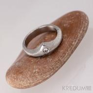 Královna a čirý diamant 2,3 mm - Zásnubní prsten damasteel struktura dřevo, S1369, velikost 47