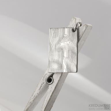 Kovové dřevo - přívěsek z oceli damasteel, S1565