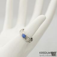 Gordik a kámen kabošon - Motaný snubní prsten nerezový, velikost 53