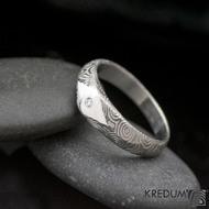 GRADA a čirý diamant 1,5 mm  - Kovaný zásnubní prsten damasteel - kolečka - produkt S2031