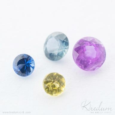 Smaragd, safír, rubín - průměr 1,5 mm - broušený drahý kámen
