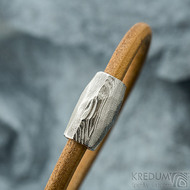 Samuel s damasteel korálkem, struktura dřevo, lept 75% světlý - hnědý kožený náramek, produkt číslo SK2069