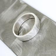 Silver draill a čirý diamant 2 mm - US V (63,7), šířka 6,5 mm, povrch matný - Stříbrný snubní prsten - et 1849