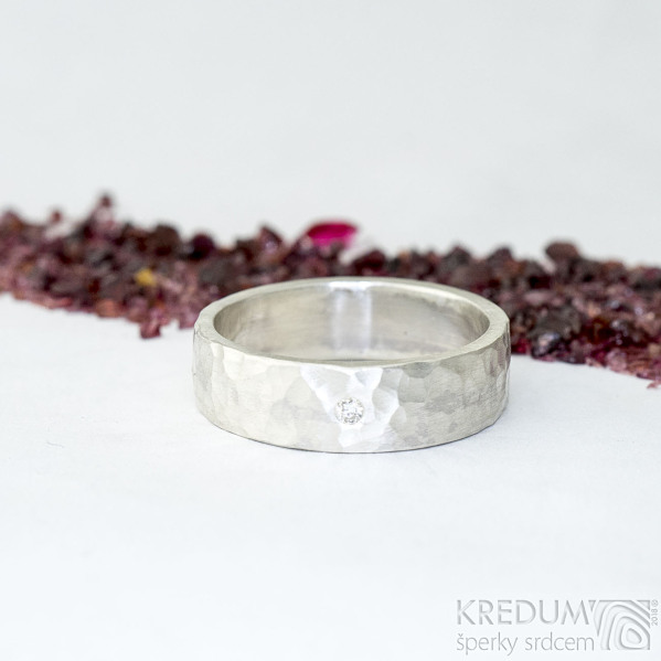 Silver draill a čirý diamant 2 mm - US V (63,7), šířka 6,5 mm, povrch matný - Stříbrný snubní prsten - et 1849 (5)