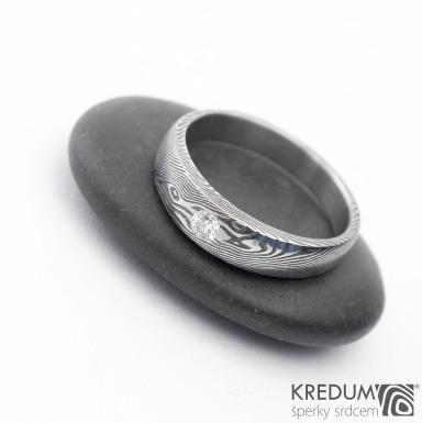 Siona a čirý diamant 2,70 mm - struktura dřevo - Kovaný prsten damasteel