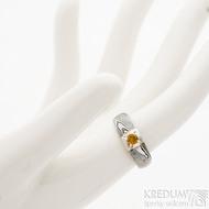 Siona Space a citrín 3 mm - 50, šířka hlavy 6 mm, do dlaně 3,9 mm, dřevo 75% TM, profil B - Zásnubní prsten damasteel, SK2602