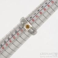Siona Space a citrín 3 mm - 50, šířka hlavy 6 mm, do dlaně 3,9 mm, dřevo 75% TM, profil B - Zásnubní prsten damasteel, SK2602 (5)