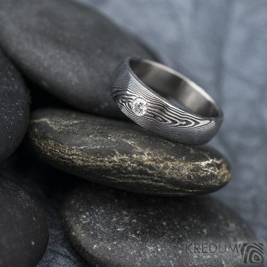 Siona white a diamant 2,7 mm - Kovaný prsten damasteel, SK1626