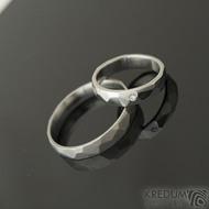 Skalák a čirý diamant 1,5 mm - 47,5, šířka 4 mm, lesk a Skalák - 63, šířka 4 mm, mat - Snubní prsteny z nerezové oceli - k 2186 (2)