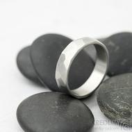 Skalák matný - velikost 64, šířka 6,2 mm, tloušťka 1,5 mm - Kovaný nerezový snubní prsten, SK2121 (3)