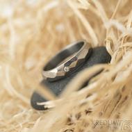 Skalák titan a diamant 1,7 mm lesklý - velikost 53,5 šířka 4 mm a velikost 59, šířka 5 mm - Titanové snubní prsteny - k 1468 (8)