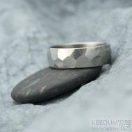 Skalák titan lesklý - 64, šířka 7 mm, tloušťka střední - Snubní prsteny z titanu, K 1612 (2)