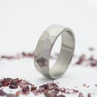 Skalák titan lesklý - velikost 61, šířka 7 mm, tloušťka střední - Titanový prsten