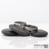 Prsten kovaný - Klasik titan a čirý diamant 2 mm